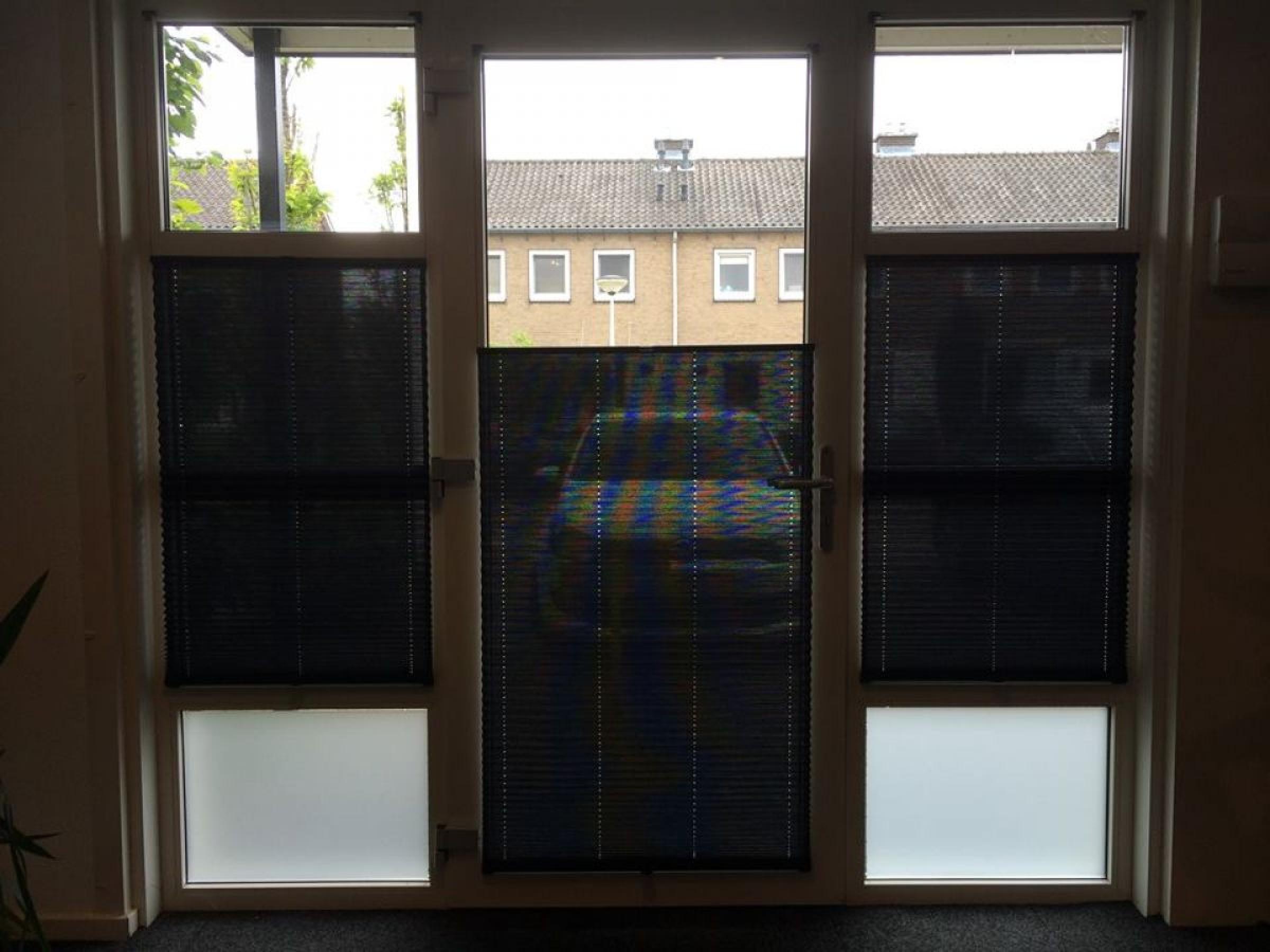 Siemar garagedeuren for Gordijnen zwart